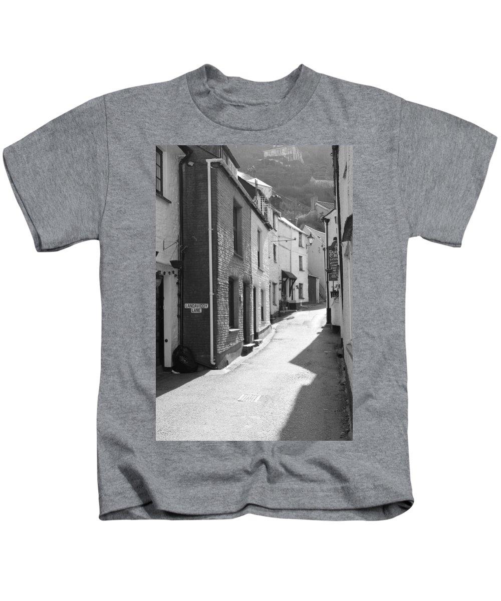 Street Kids T-Shirt featuring the photograph Landaviddy Lane by Lauri Novak
