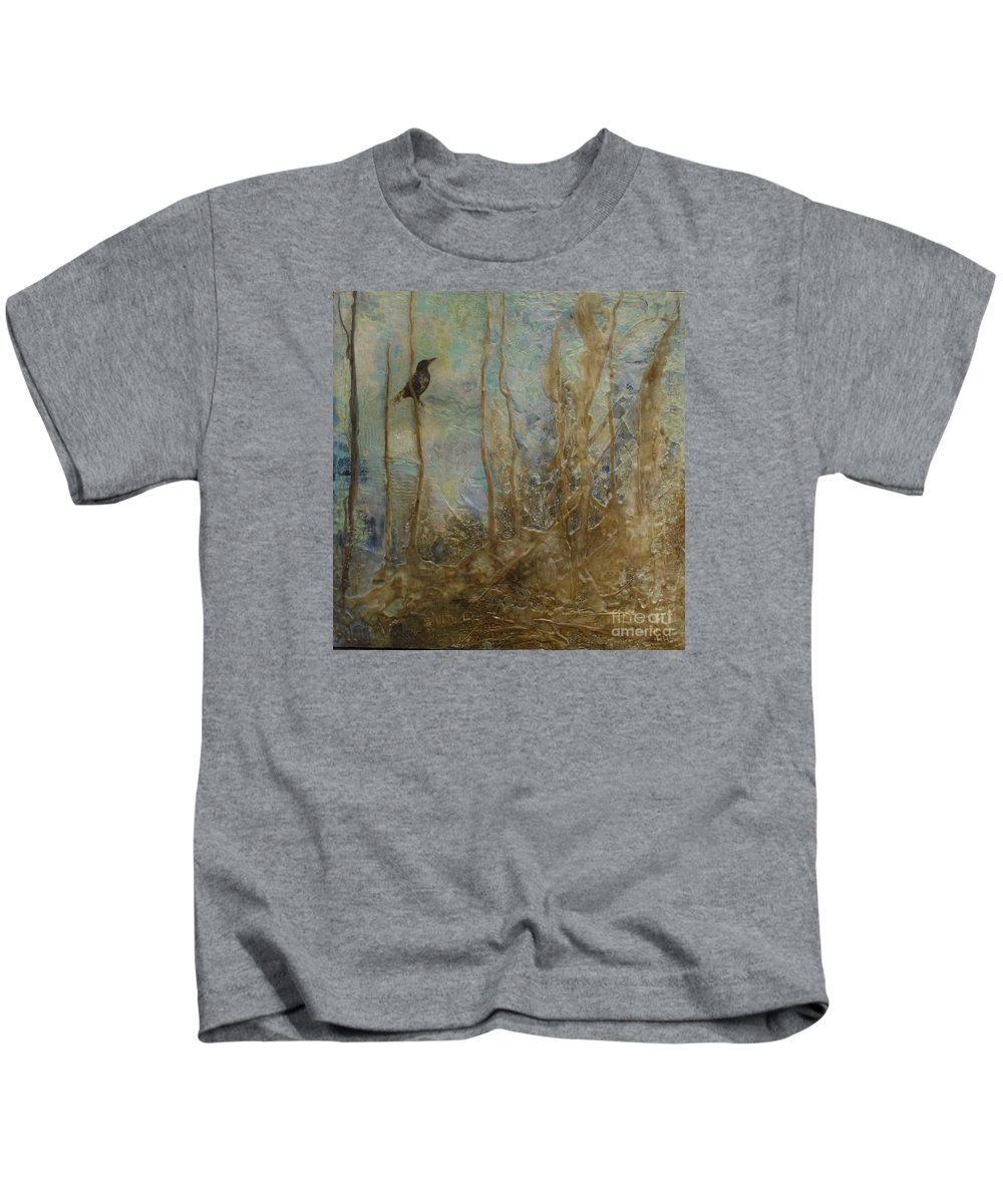 Bird Kids T-Shirt featuring the painting Lawbird by Heather Hennick