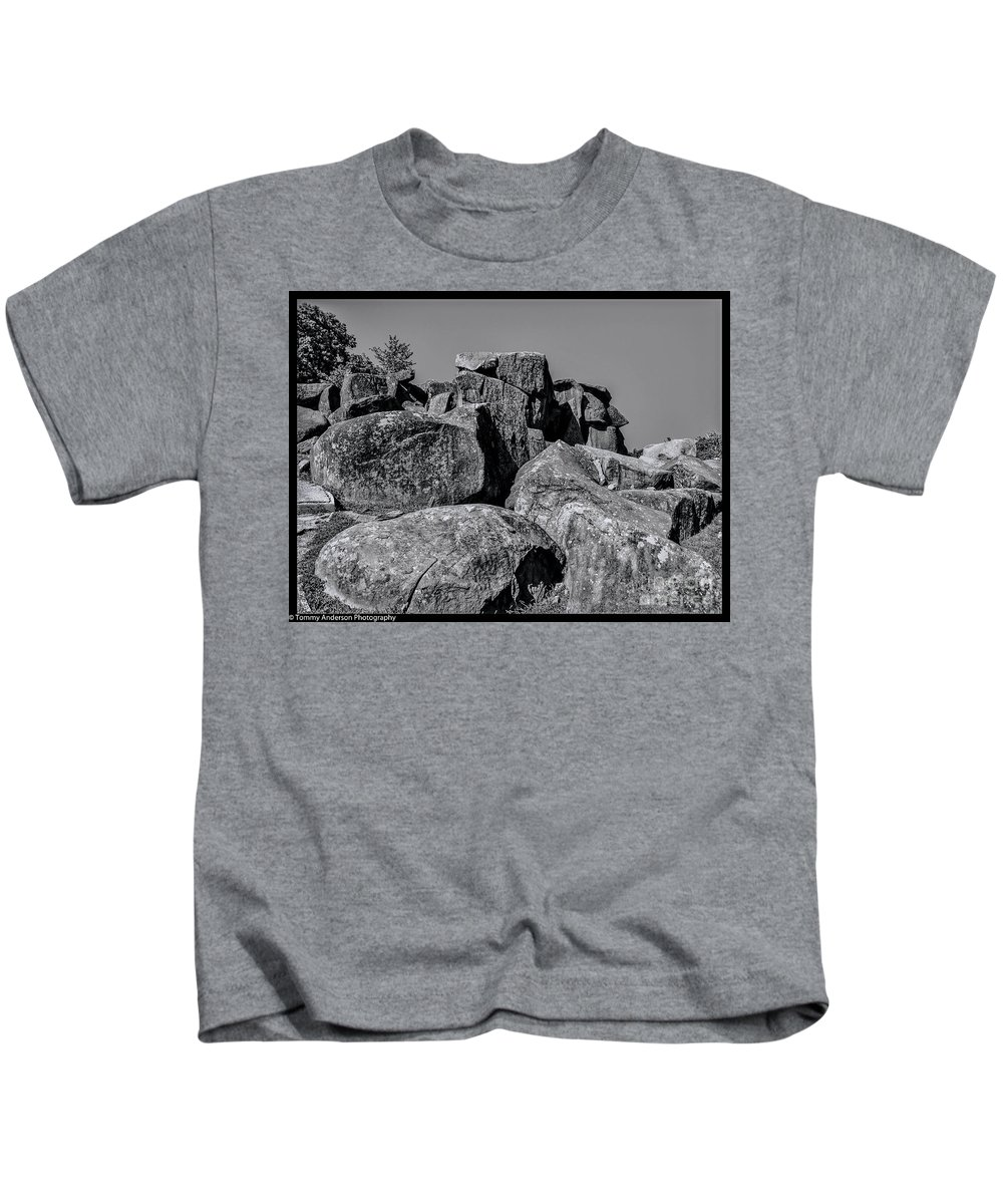 Gettysburg Kids T-Shirt featuring the photograph Little Round Top Gettysburg by Tommy Anderson