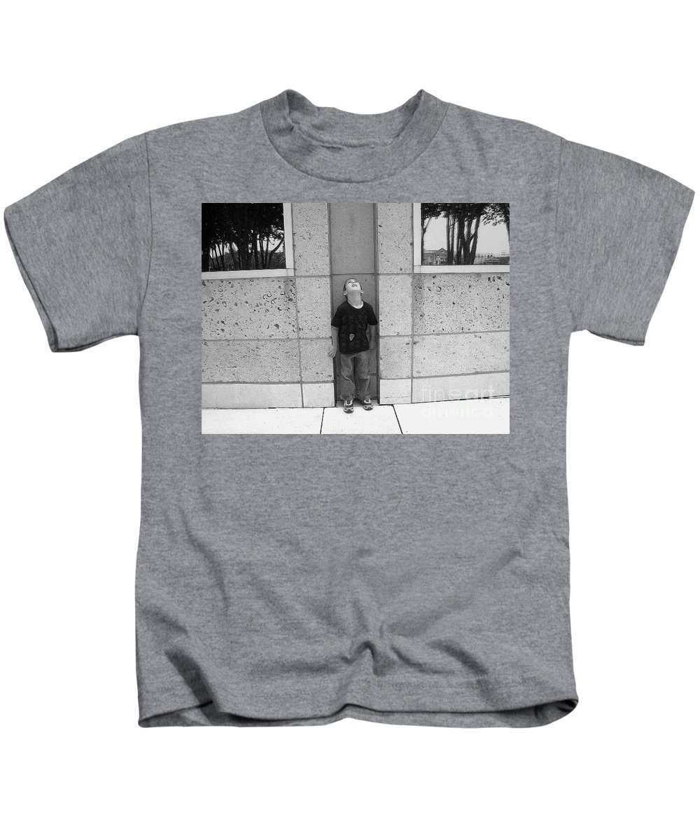 Building Kids T-Shirt featuring the photograph Looken Up by Michelle S White
