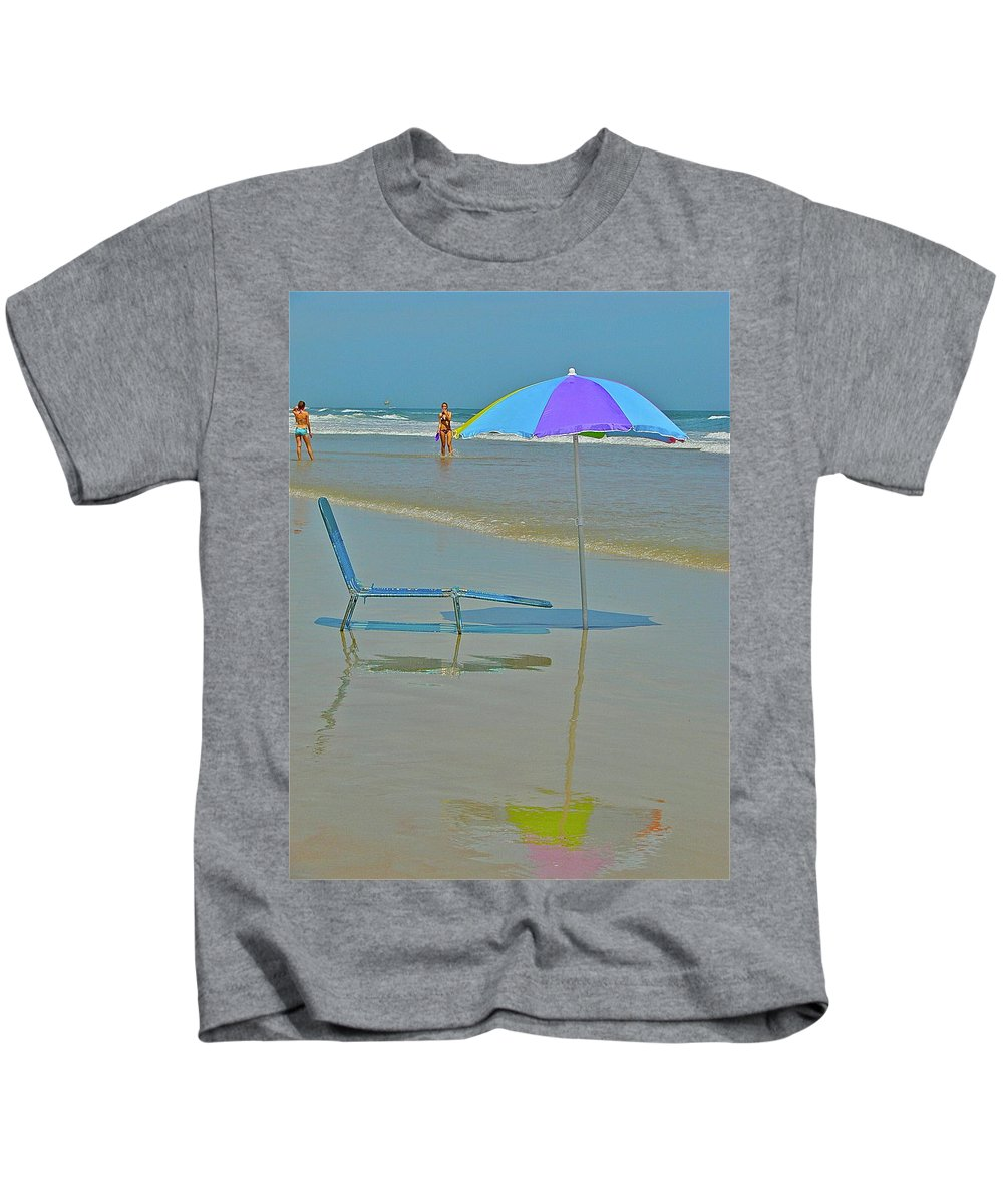 Beach Kids T-Shirt featuring the photograph Looks Inviting by Diana Hatcher