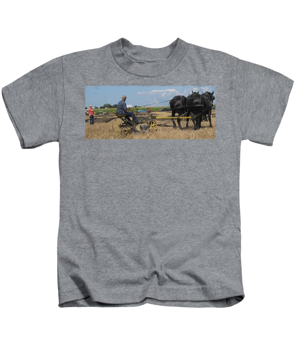 Horse Kids T-Shirt featuring the photograph Making The Clubhouse Turn by Ian MacDonald