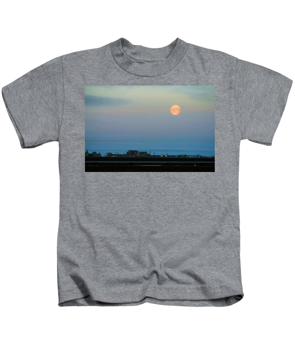 Landscape Kids T-Shirt featuring the photograph Moon Over Flow Station 1 by Anthony Jones