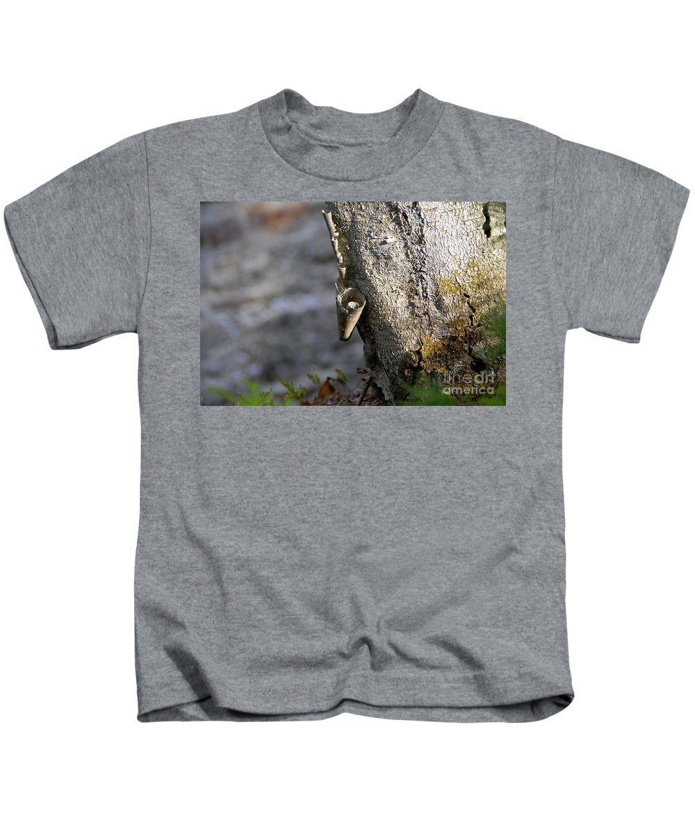 Wood Kids T-Shirt featuring the photograph Nature's Detail by David Lee Thompson