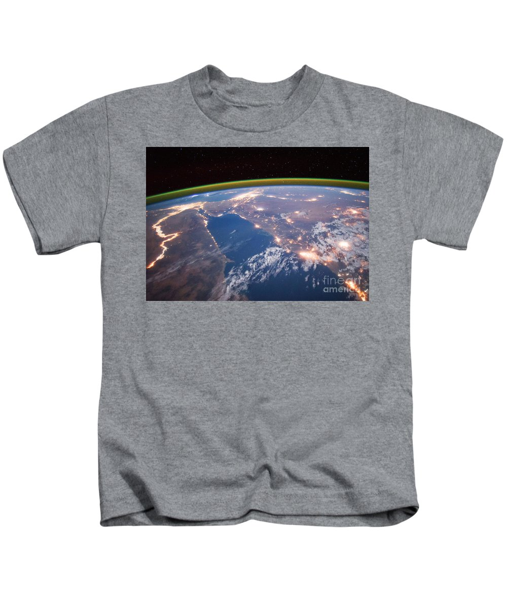 Aerial View Kids T-Shirt featuring the photograph Nile River At Night From Iss by Science Source