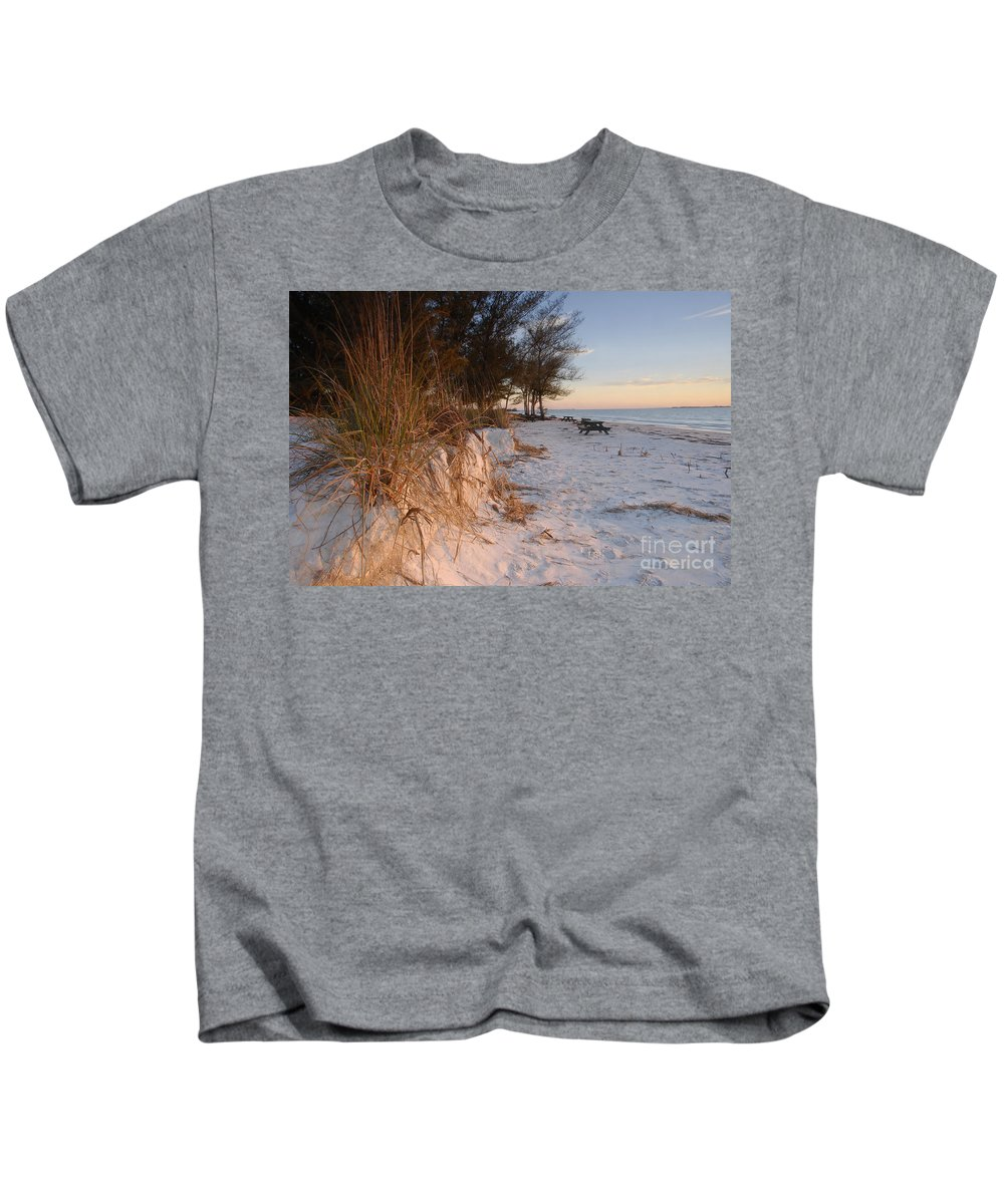 North Beach Kids T-Shirt featuring the photograph North Beach by David Lee Thompson