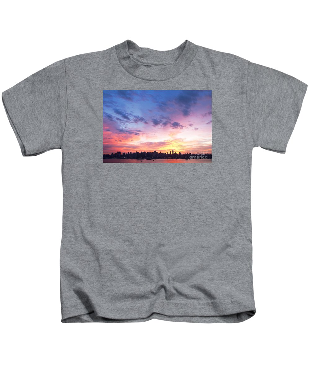 New York Dawn Kids T-Shirt featuring the photograph Ny Skyline Dawn Delight by Regina Geoghan