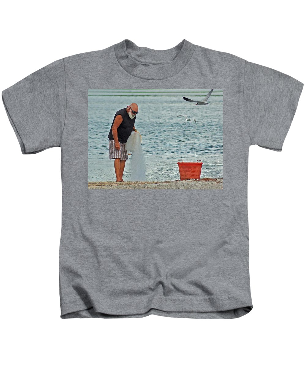 Pelican Kids T-Shirt featuring the painting Old Man And The Net by Michael Thomas