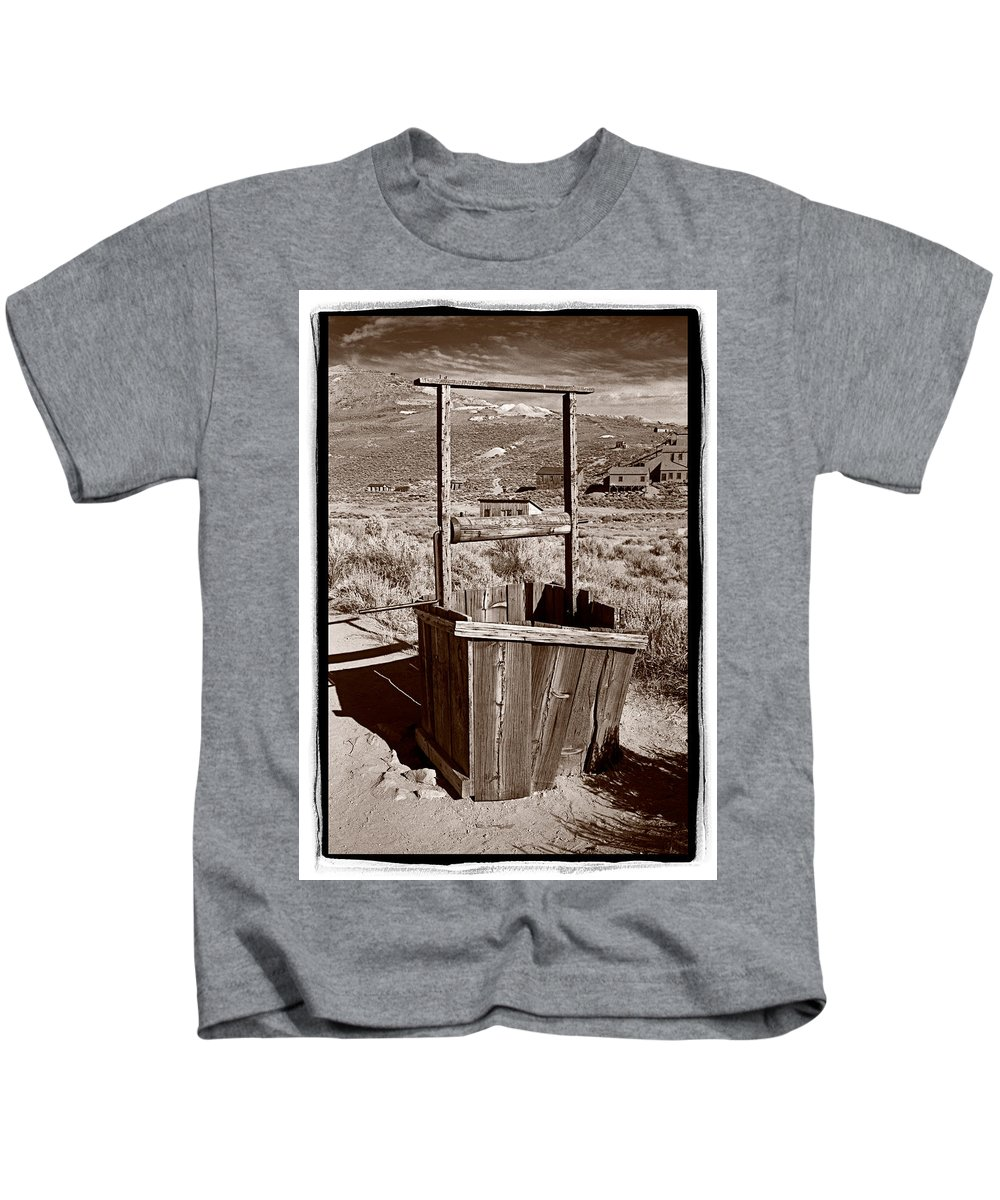 Black Kids T-Shirt featuring the photograph Old Well Bodie Ghost Twon California by Steve Gadomski