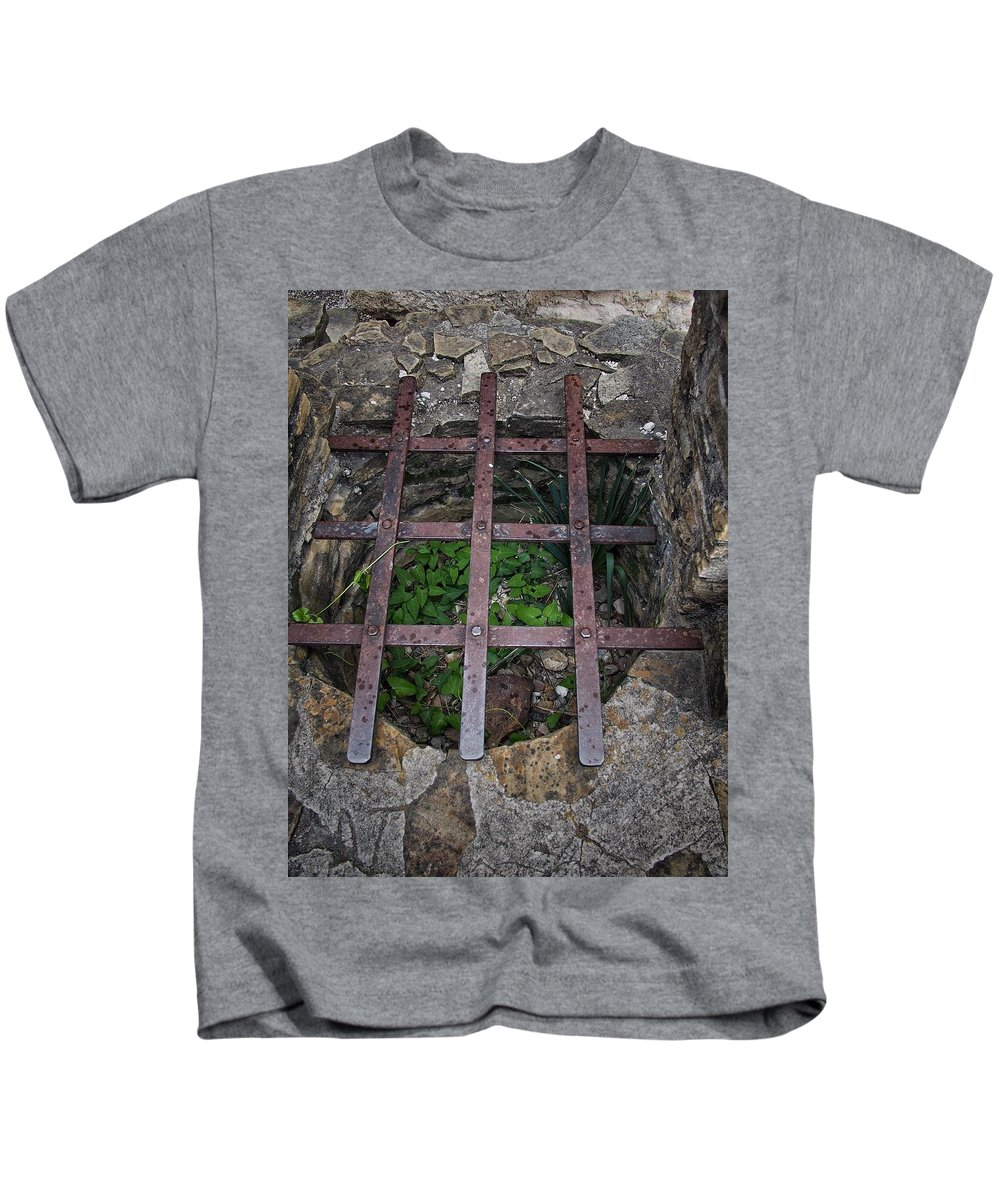 Old Kids T-Shirt featuring the photograph Old Well by Buck Buchanan