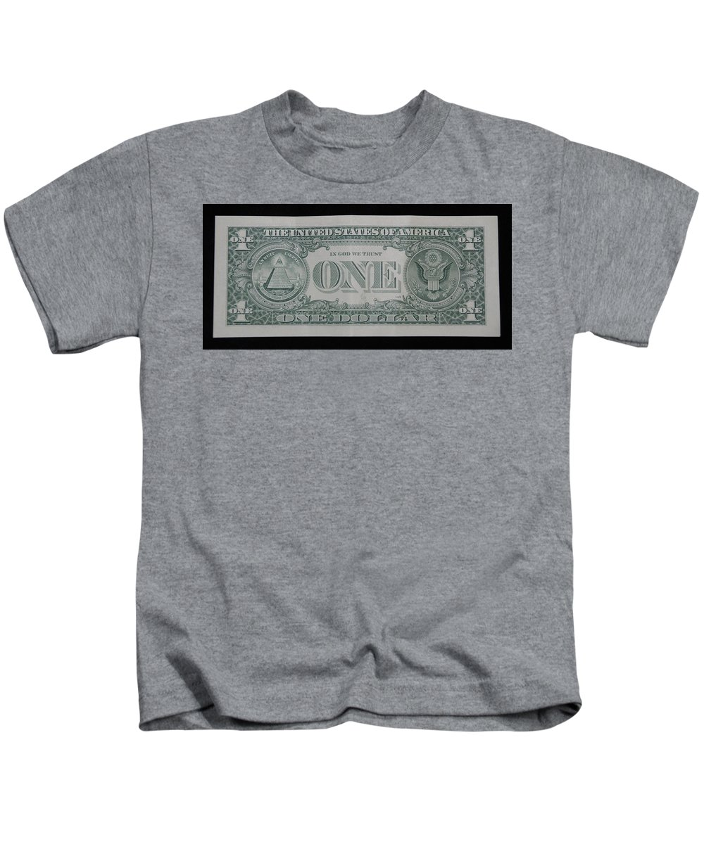 One Kids T-Shirt featuring the photograph One Green Back by Rob Hans