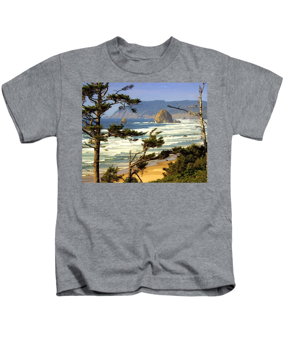 Ocean Kids T-Shirt featuring the photograph Oregon Coast 15 by Marty Koch