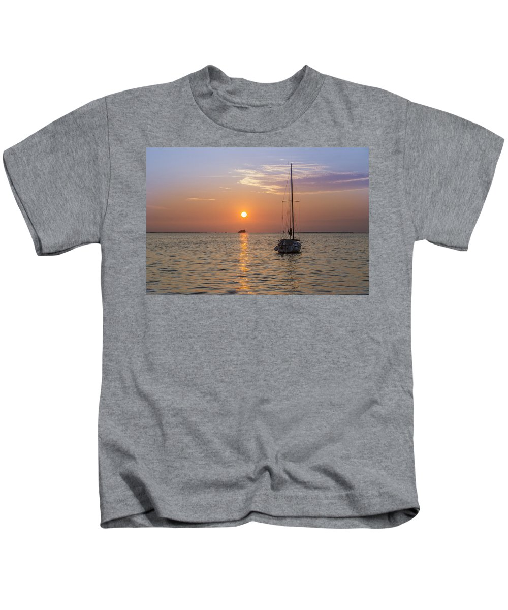 Palm Kids T-Shirt featuring the photograph Palm Harbor Has The Best Sunsets by Bill Cannon