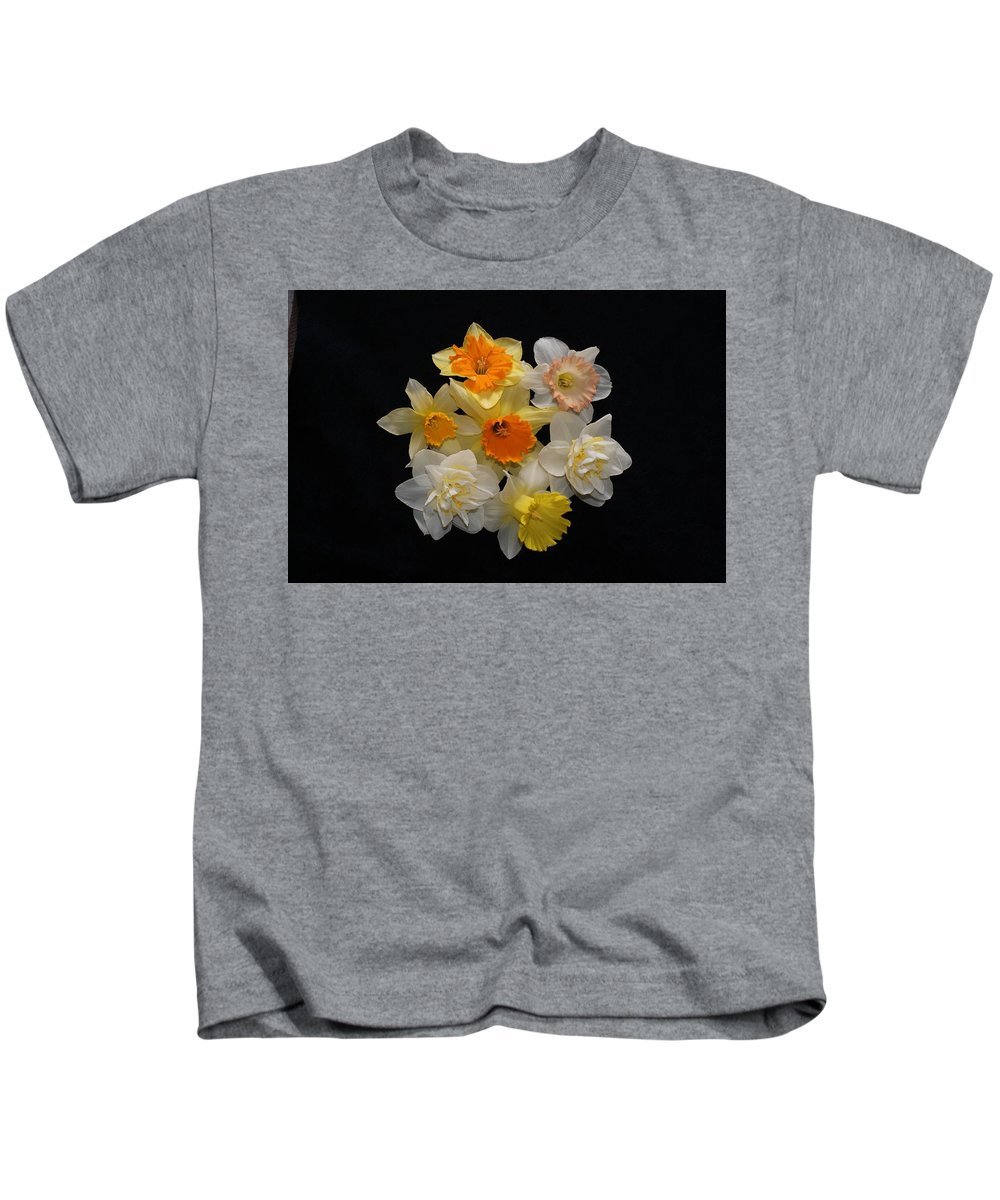 Usa Kids T-Shirt featuring the photograph Perfect Ring Of Daffodils by Holly Eads