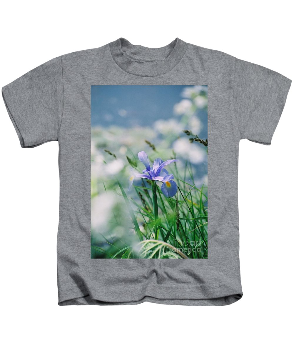 Periwinkle Kids T-Shirt featuring the photograph Periwinkle Iris by Nadine Rippelmeyer
