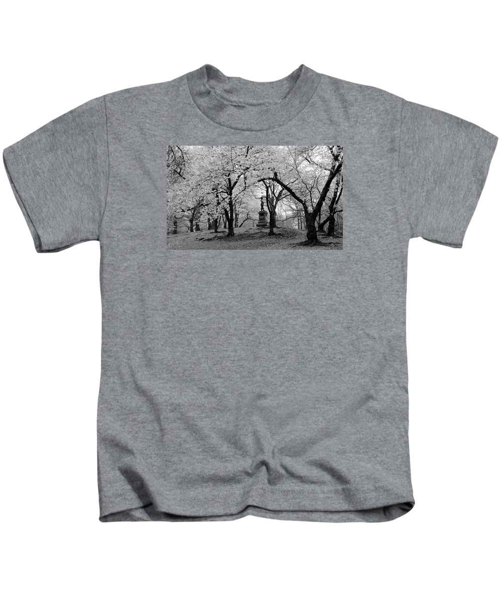 Pilgrim Fathers Kids T-Shirt featuring the photograph Pilgrim Fathers Statue Bw by Soon Ming Tsang