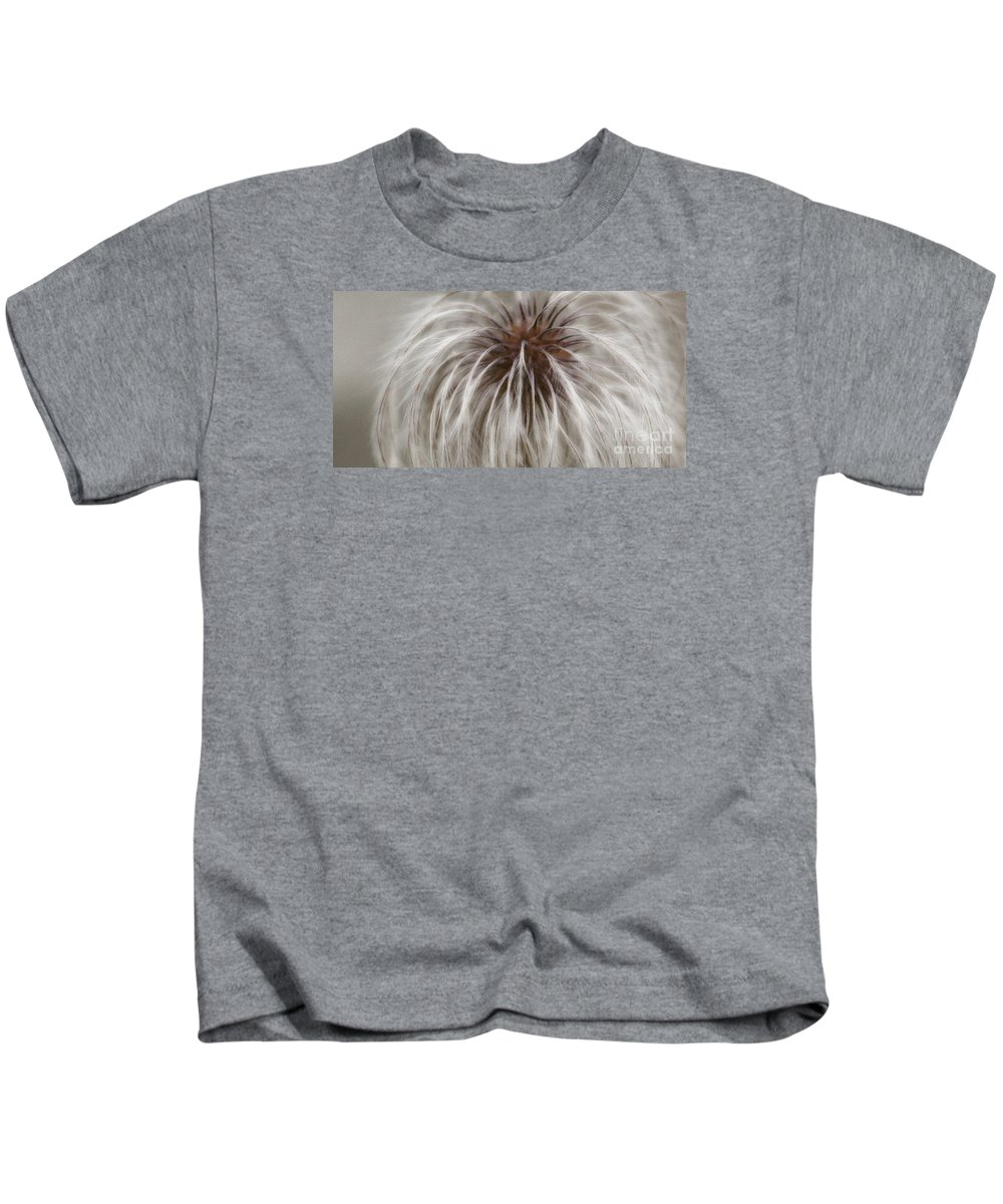 Plume Kids T-Shirt featuring the photograph Plumosa by Linda Shafer