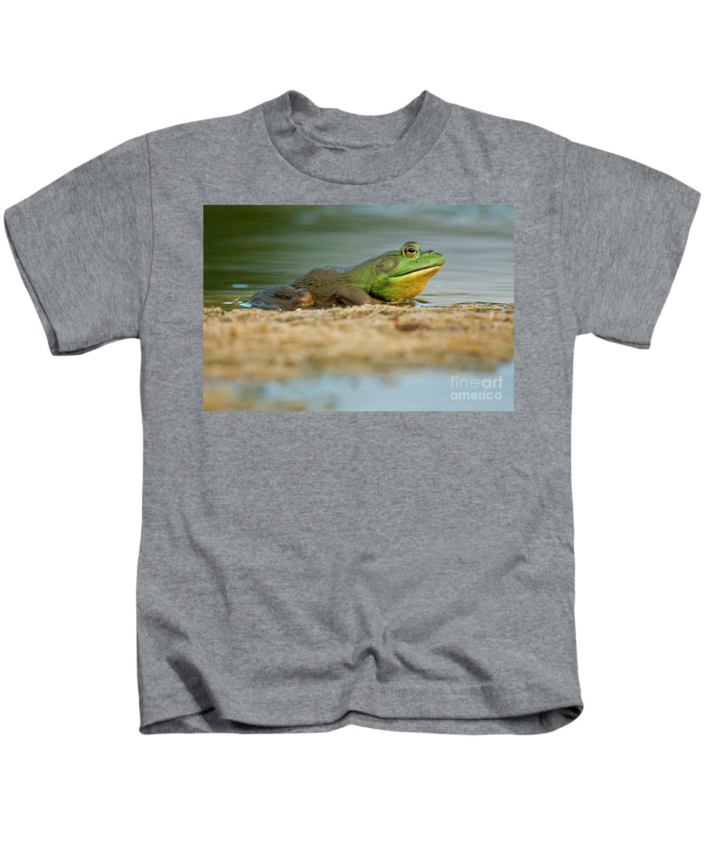 Frog Kids T-Shirt featuring the photograph Pond Frog 2 by Michael Cummings