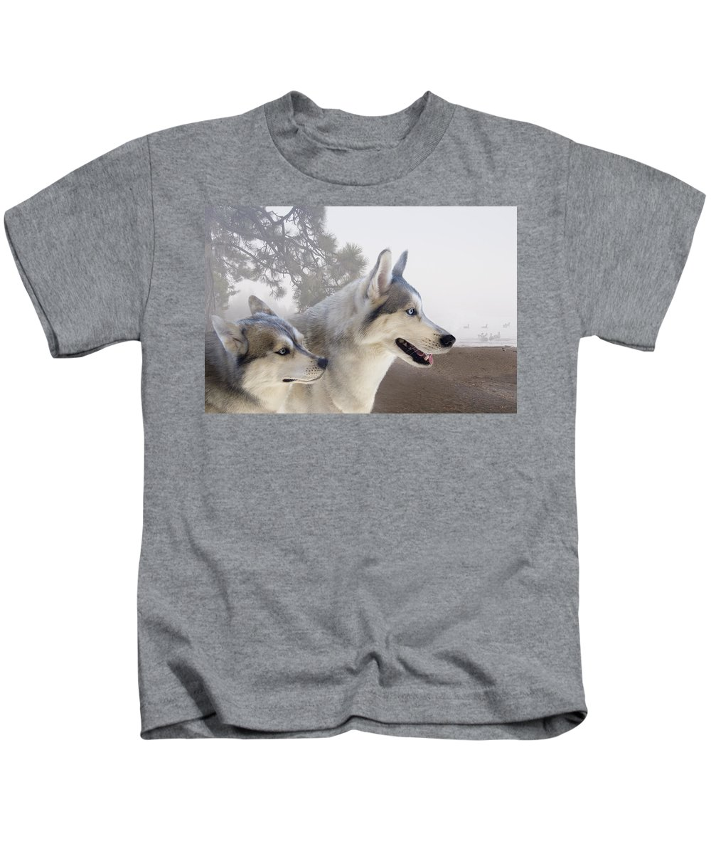 Dogs Kids T-Shirt featuring the digital art Ready Forthe Chase by Ramona Murdock