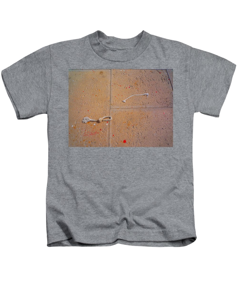 Rope Kids T-Shirt featuring the photograph Red Paint Splash by Charles Stuart