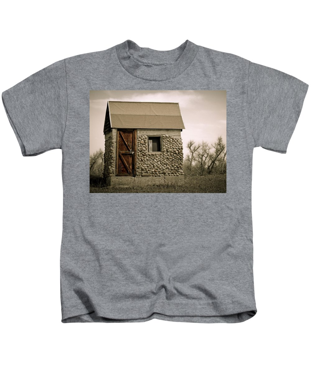 Americana Kids T-Shirt featuring the photograph Rock Shed 2 by Marilyn Hunt