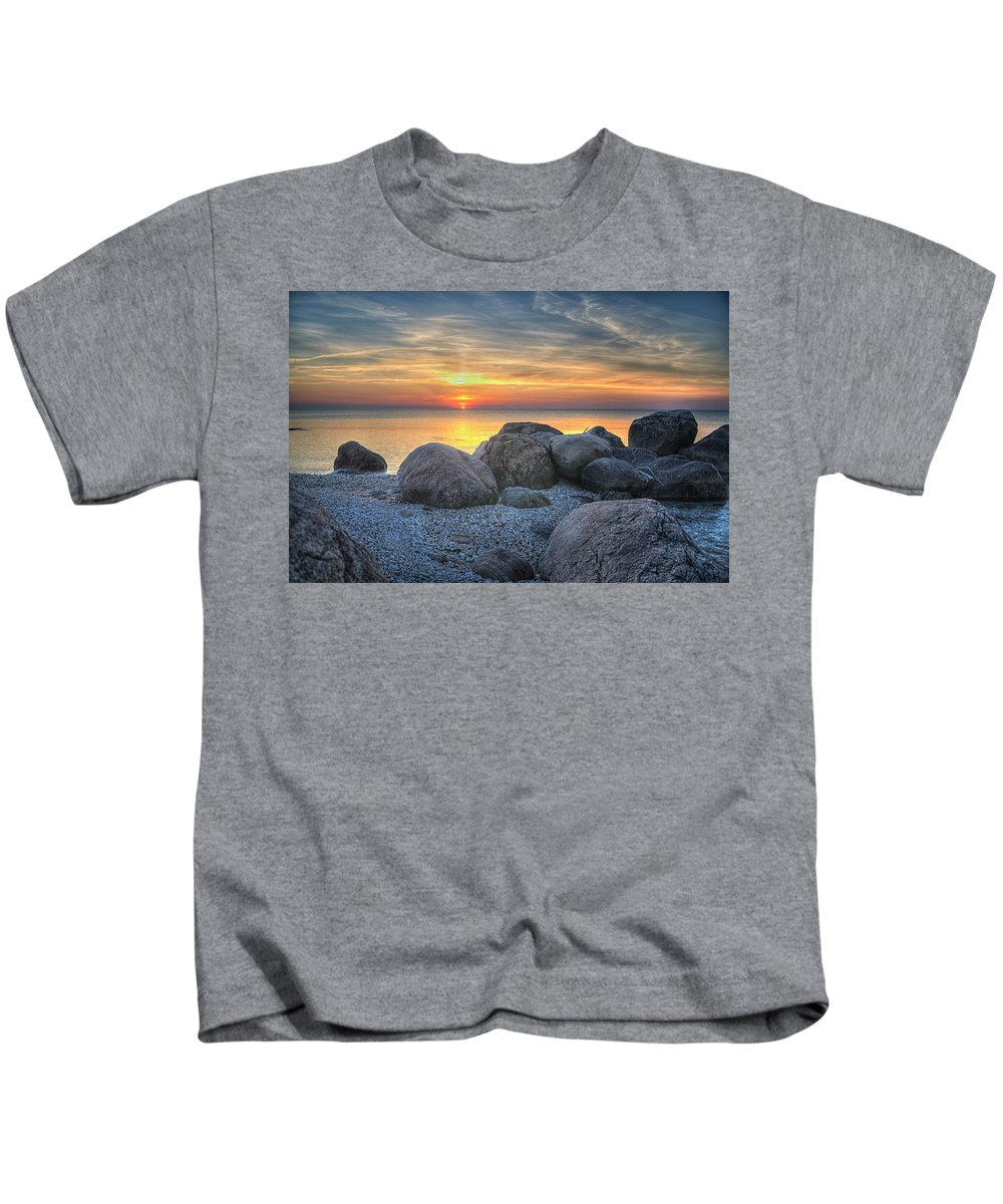 Sunset Kids T-Shirt featuring the photograph Rocky Sunset by Luis Cifuentes