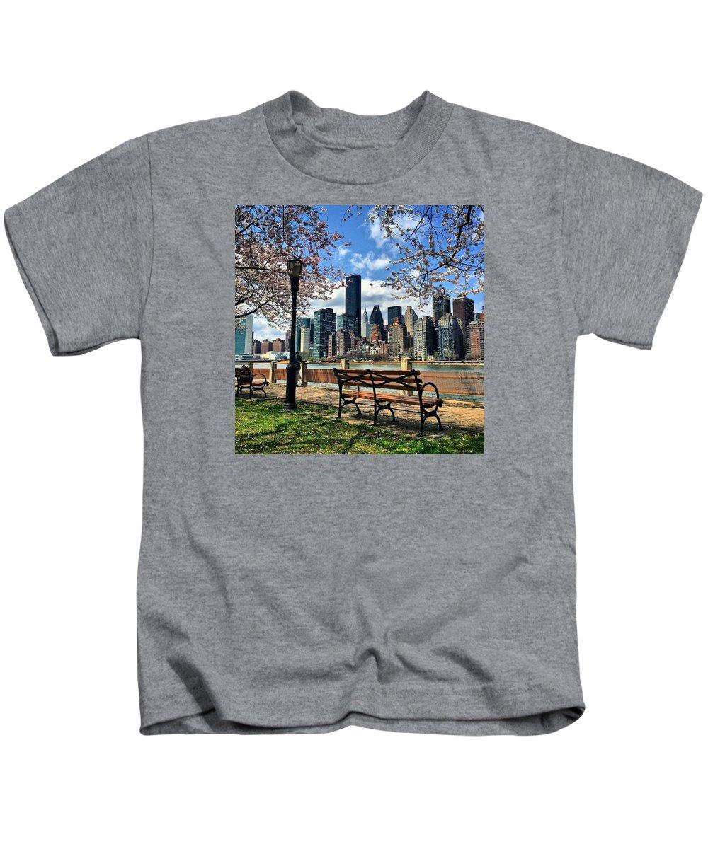 New York Kids T-Shirt featuring the photograph Roosevelt Island by Matt Matthews