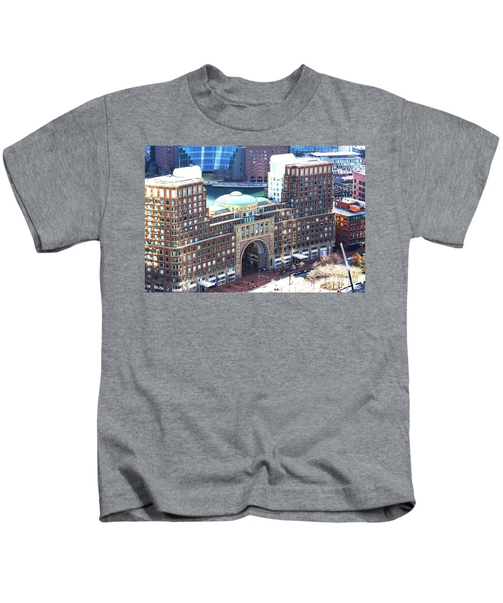 Building Kids T-Shirt featuring the photograph Rowes Wharf Building by Ruth H Curtis