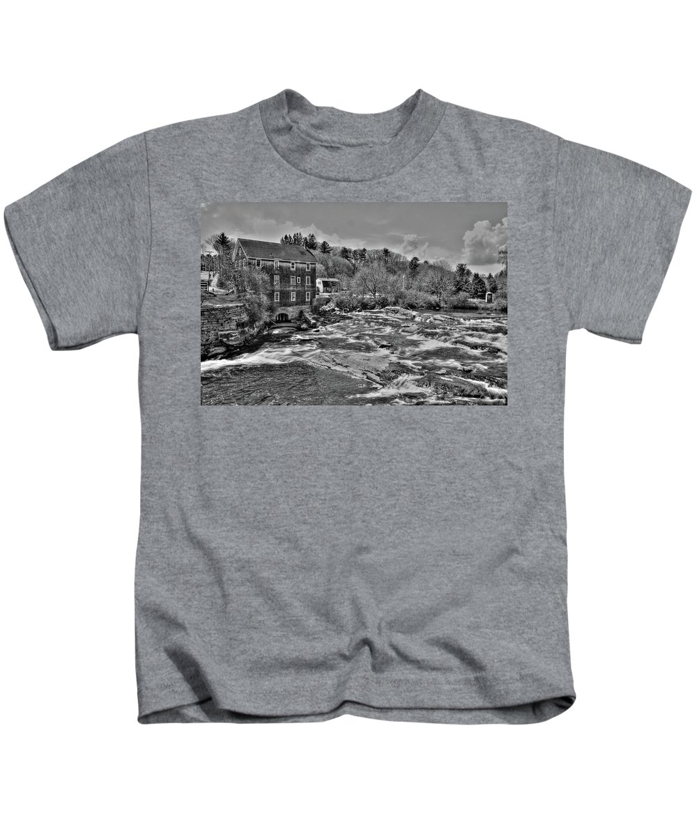 Waterfalls Kids T-Shirt featuring the photograph Royal River 0156 by Guy Whiteley