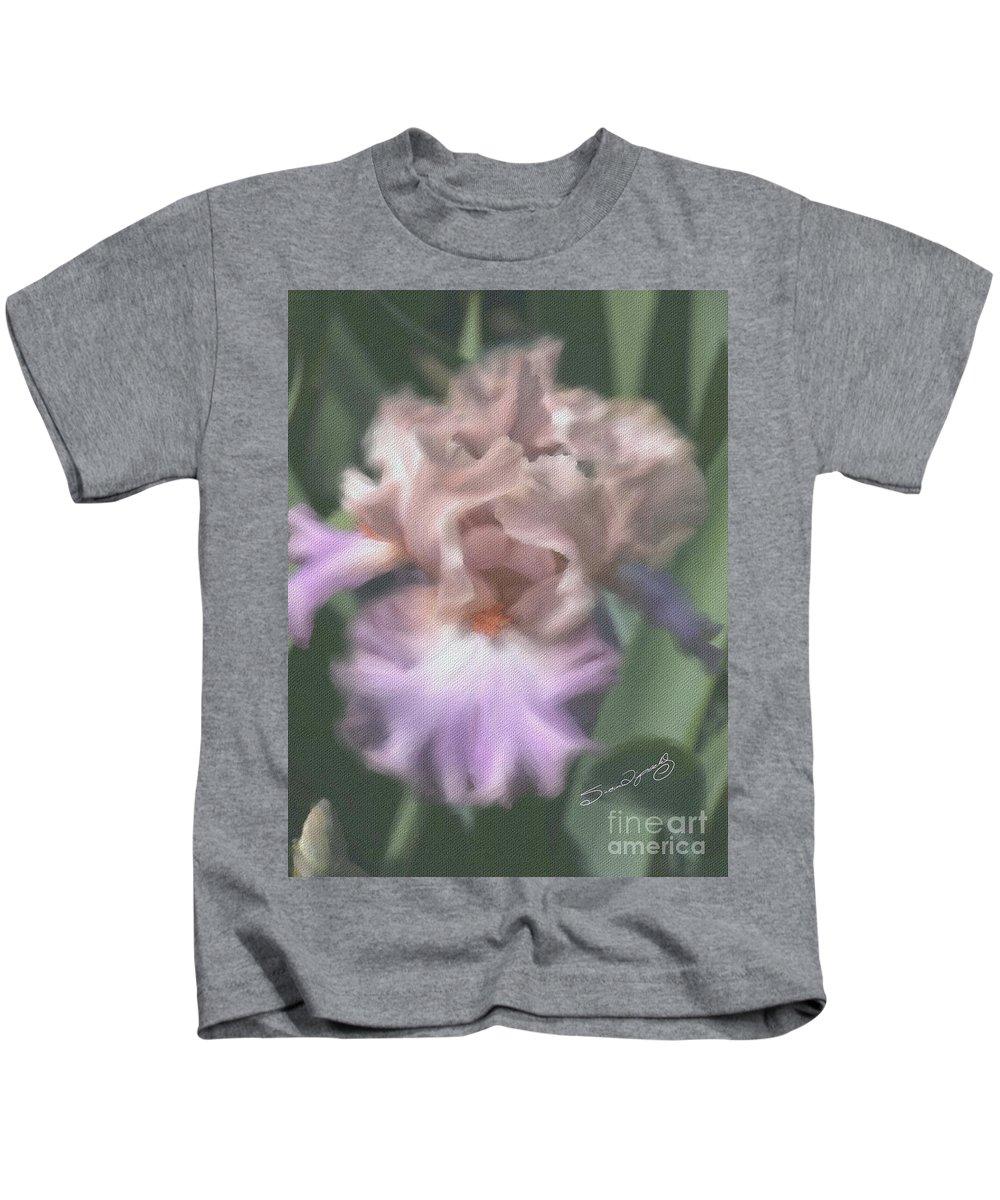 Susan Lipschutz Kids T-Shirt featuring the digital art Ruffled Brilliance by Susan Lipschutz