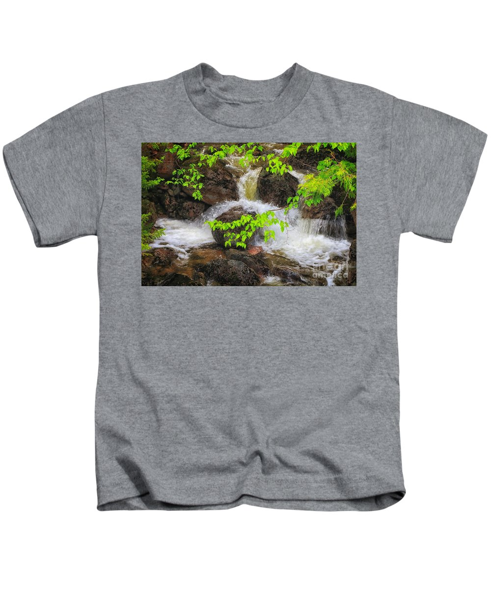 Baxter State Park Kids T-Shirt featuring the photograph Rugged Landscape by Elizabeth Dow