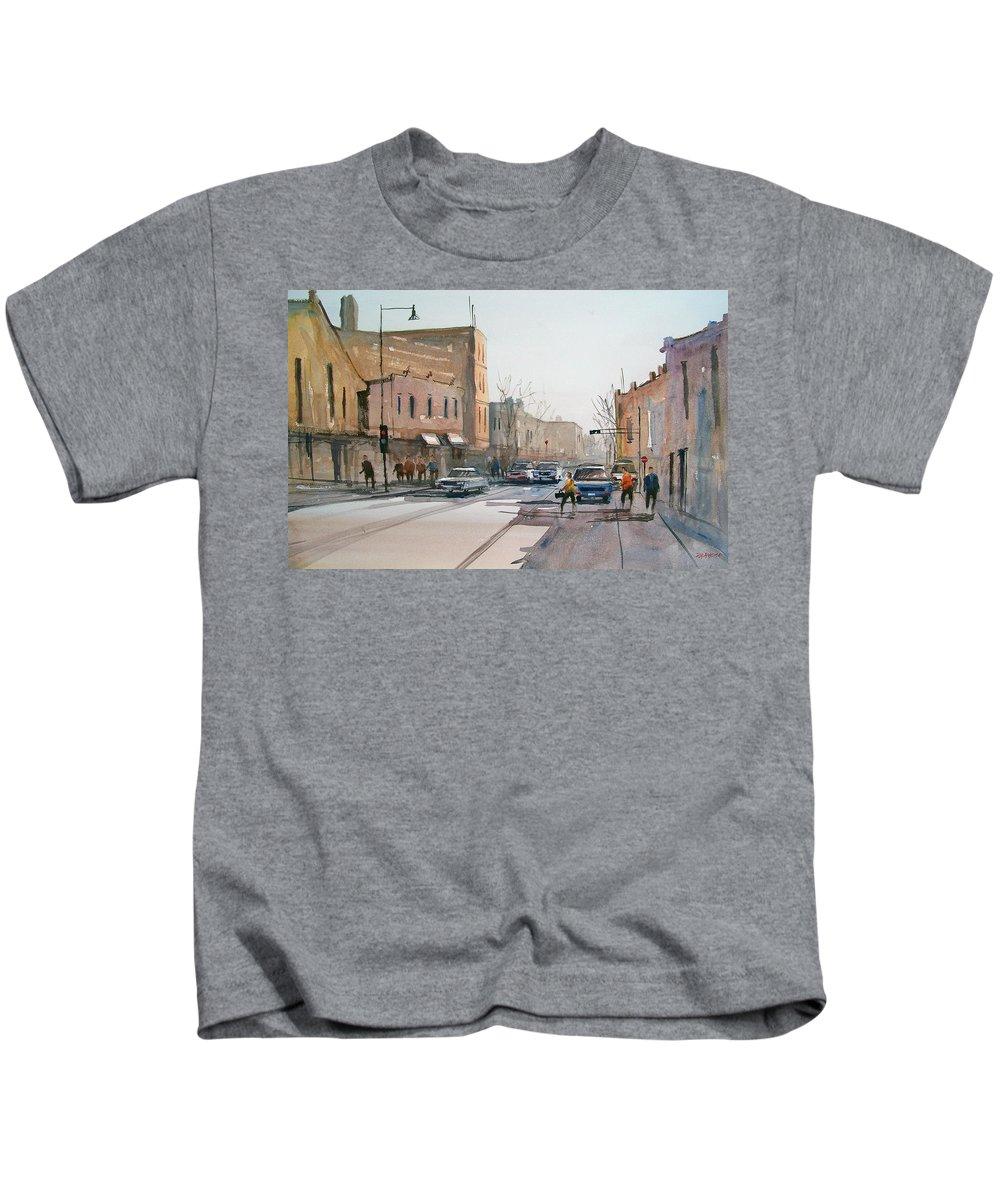 Street Scene Kids T-Shirt featuring the painting Rush Hour II In Fond Du Lac by Ryan Radke