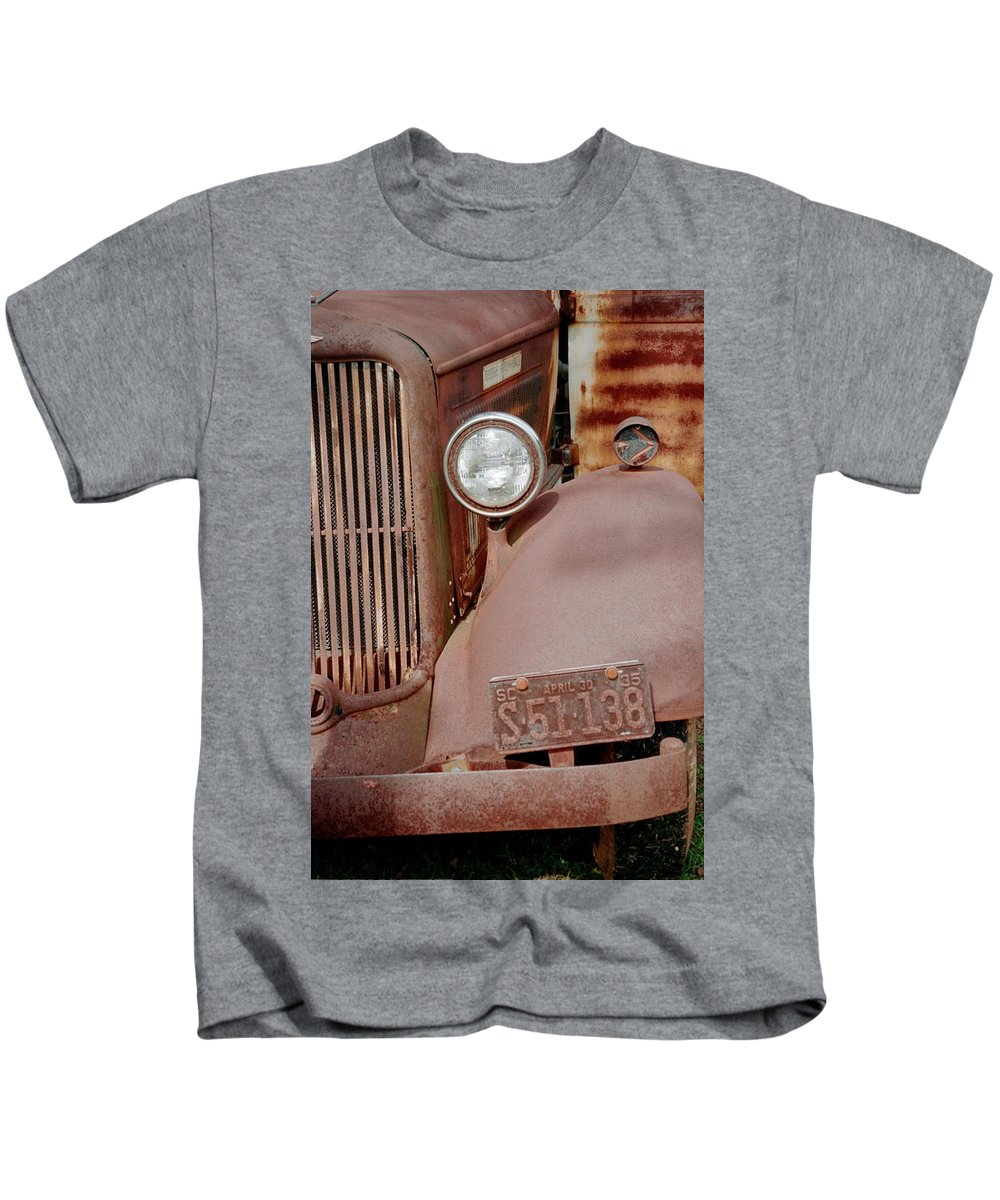 Car Kids T-Shirt featuring the photograph Rusty by Flavia Westerwelle