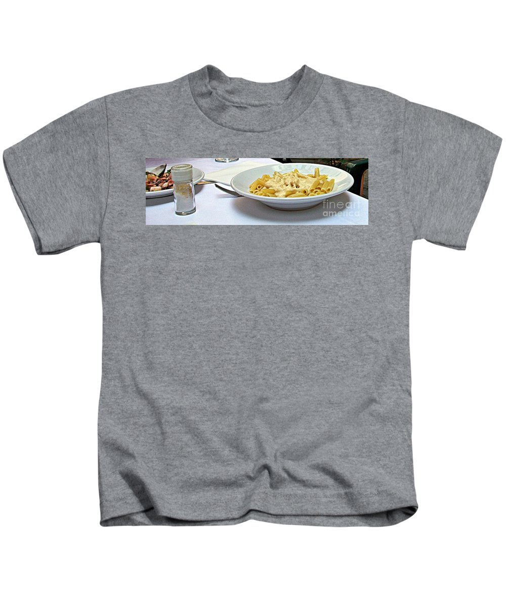 Siena Kids T-Shirt featuring the photograph Siena-3-pasta With Four Cheeses by Rezzan Erguvan-Onal