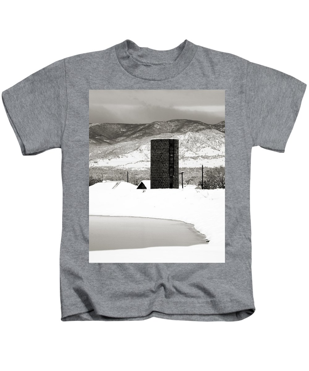 Colorado Kids T-Shirt featuring the photograph Silo And Silence by Marilyn Hunt