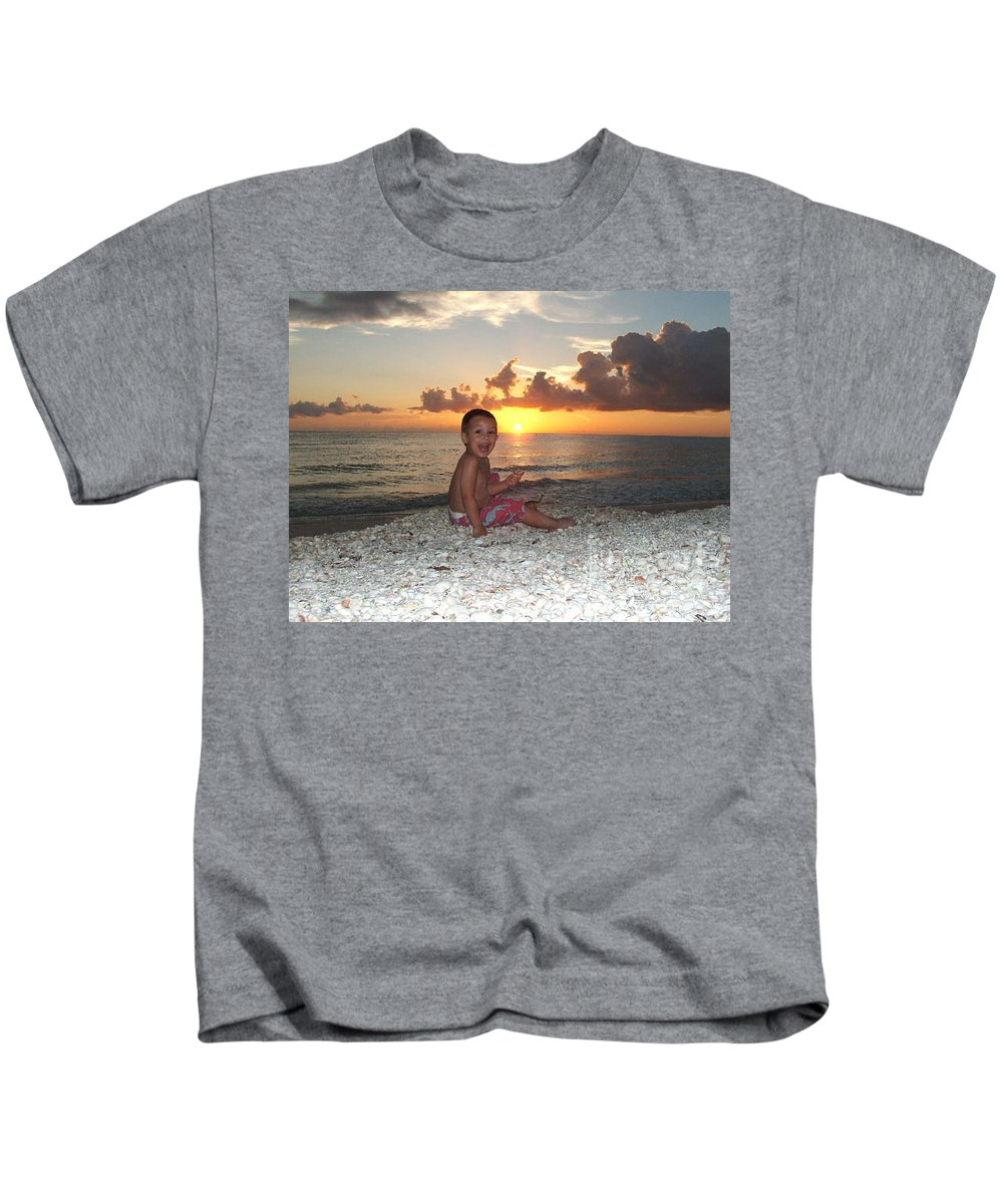 Sunset Kids T-Shirt featuring the photograph Sonsun by Michelle S White