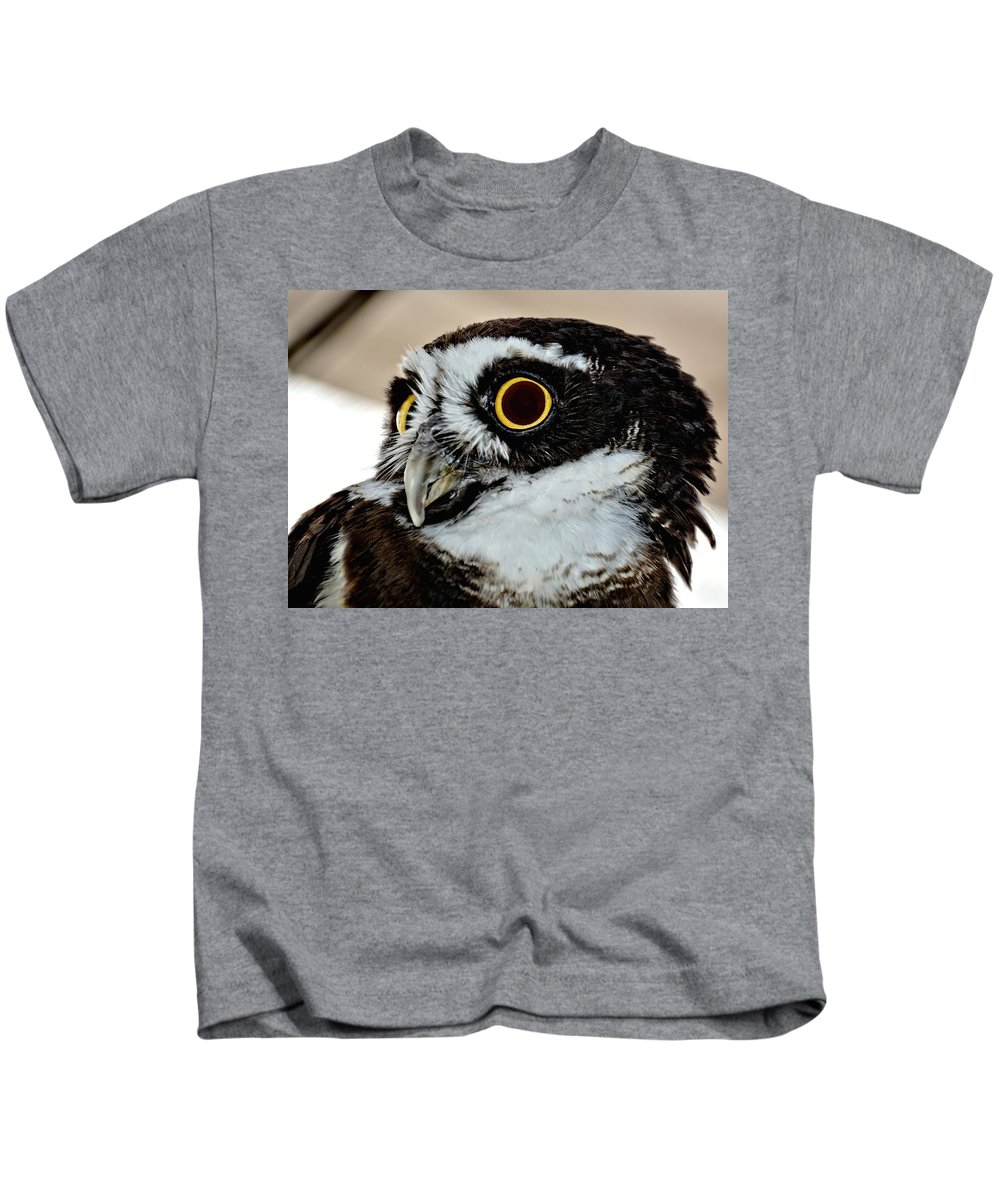 Owl Kids T-Shirt featuring the photograph Spectacle Owl by Amy McDaniel