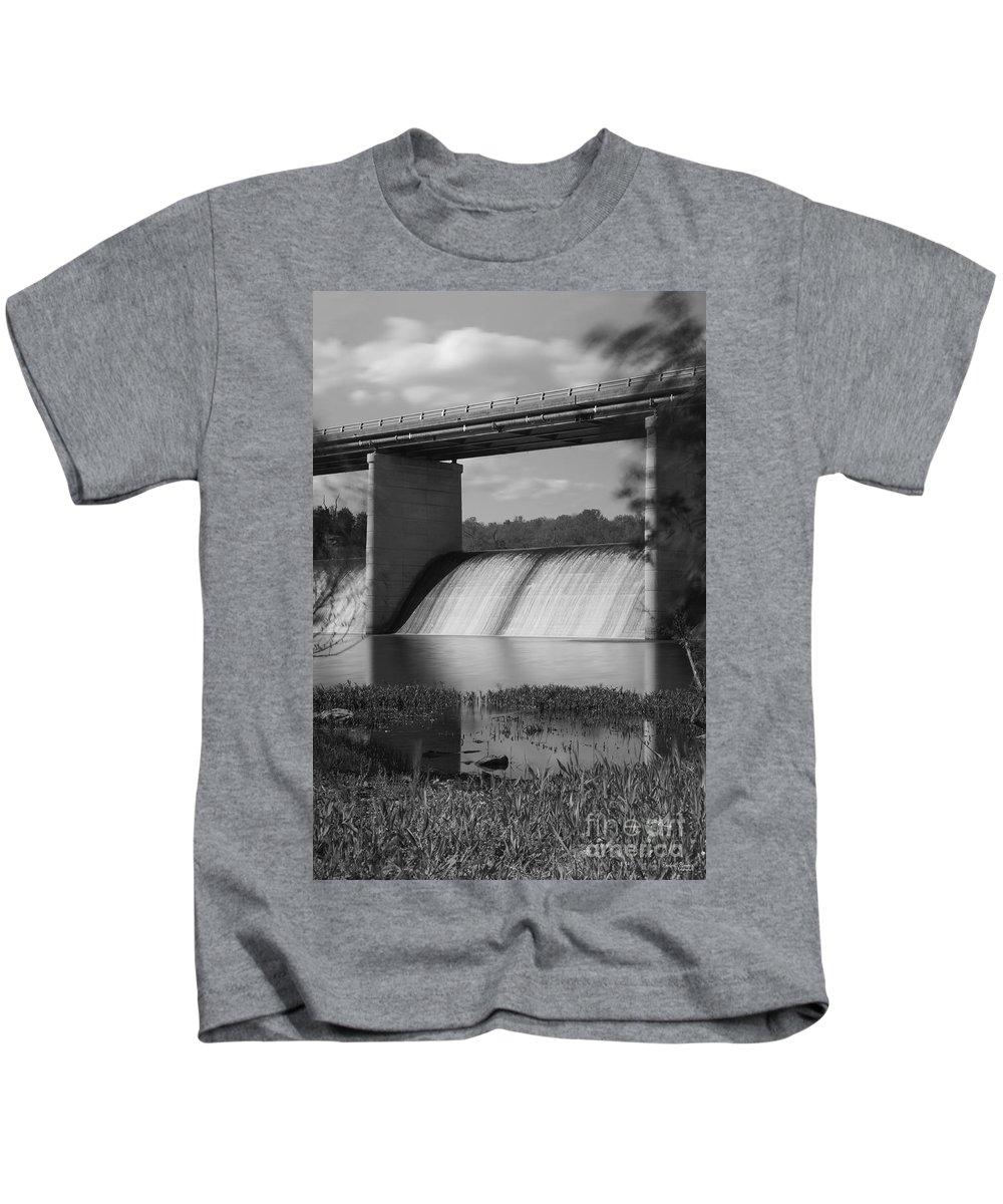 America Kids T-Shirt featuring the photograph Springfield Lake Dam Grayscale by Jennifer White