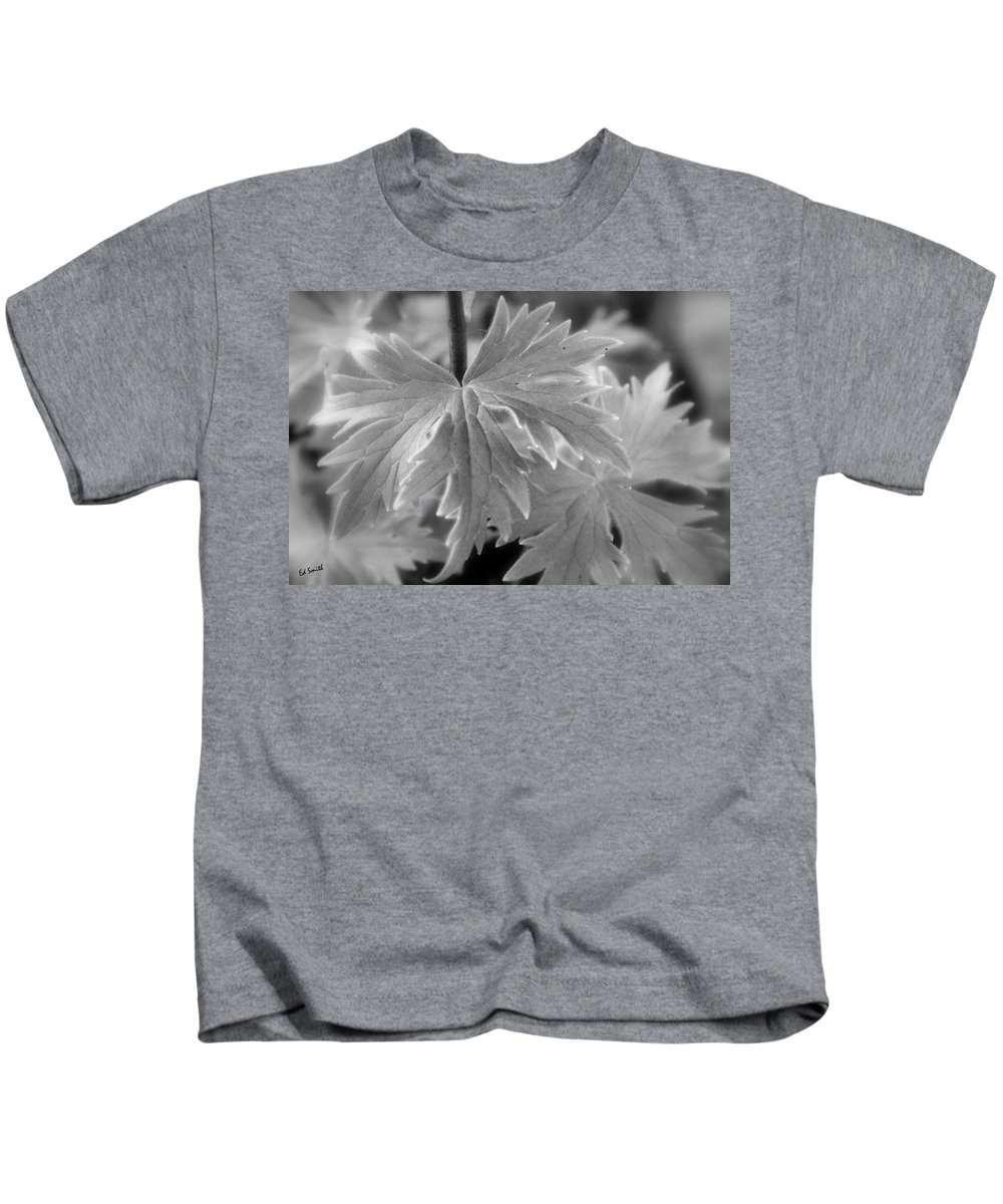 Star Light Kids T-Shirt featuring the photograph Star Light by Ed Smith