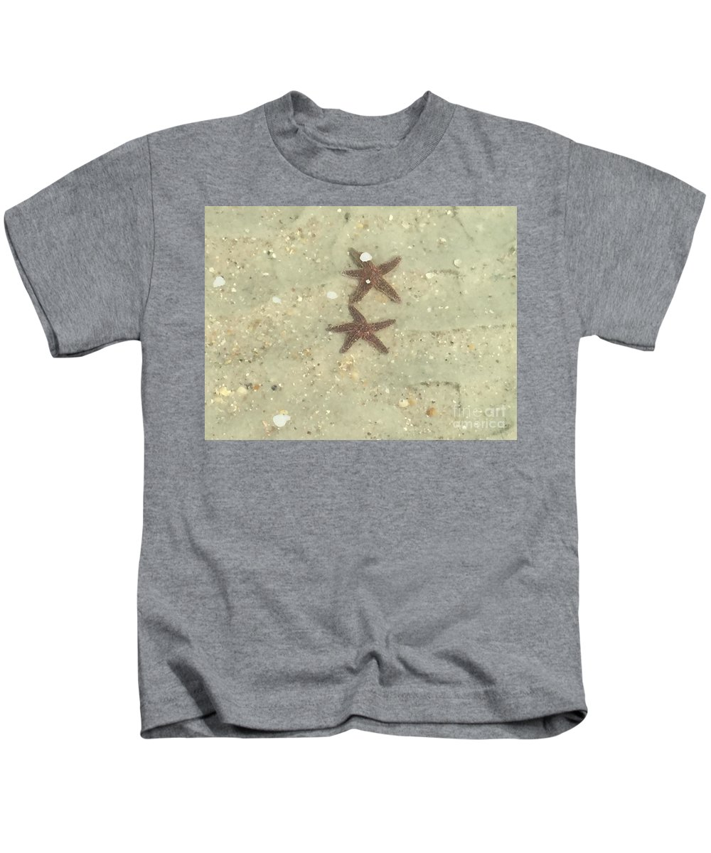 Landscape Kids T-Shirt featuring the photograph Starfish In Love by Tammie Mohn