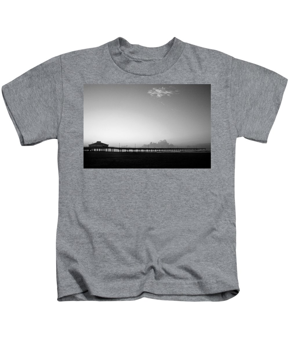 Sunrise Kids T-Shirt featuring the photograph Stillness Befor Dawn by Marilyn Hunt