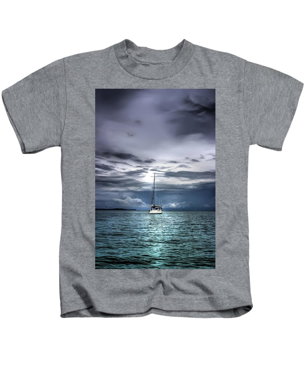Seascape Kids T-Shirt featuring the photograph Storm Approaching by Dolly Sanchez