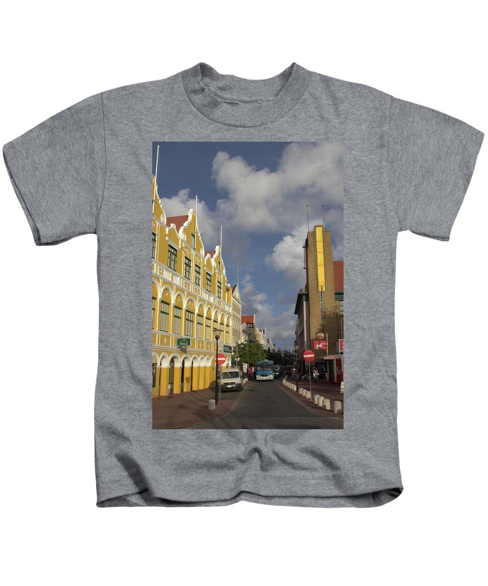 Photo For Sale Kids T-Shirt featuring the photograph Street Scene In Aruba by Robert Wilder Jr