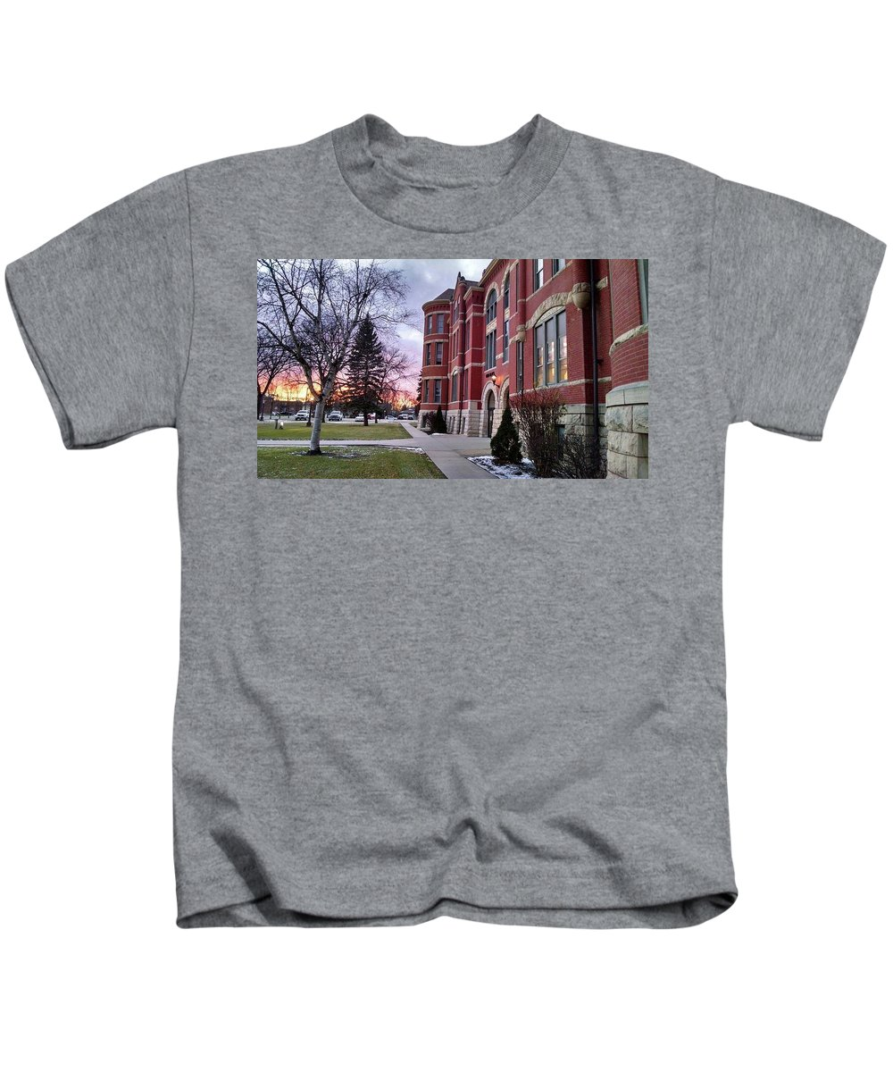 Sunsets Kids T-Shirt featuring the photograph Sunset On Old Main by Rick Karboviak