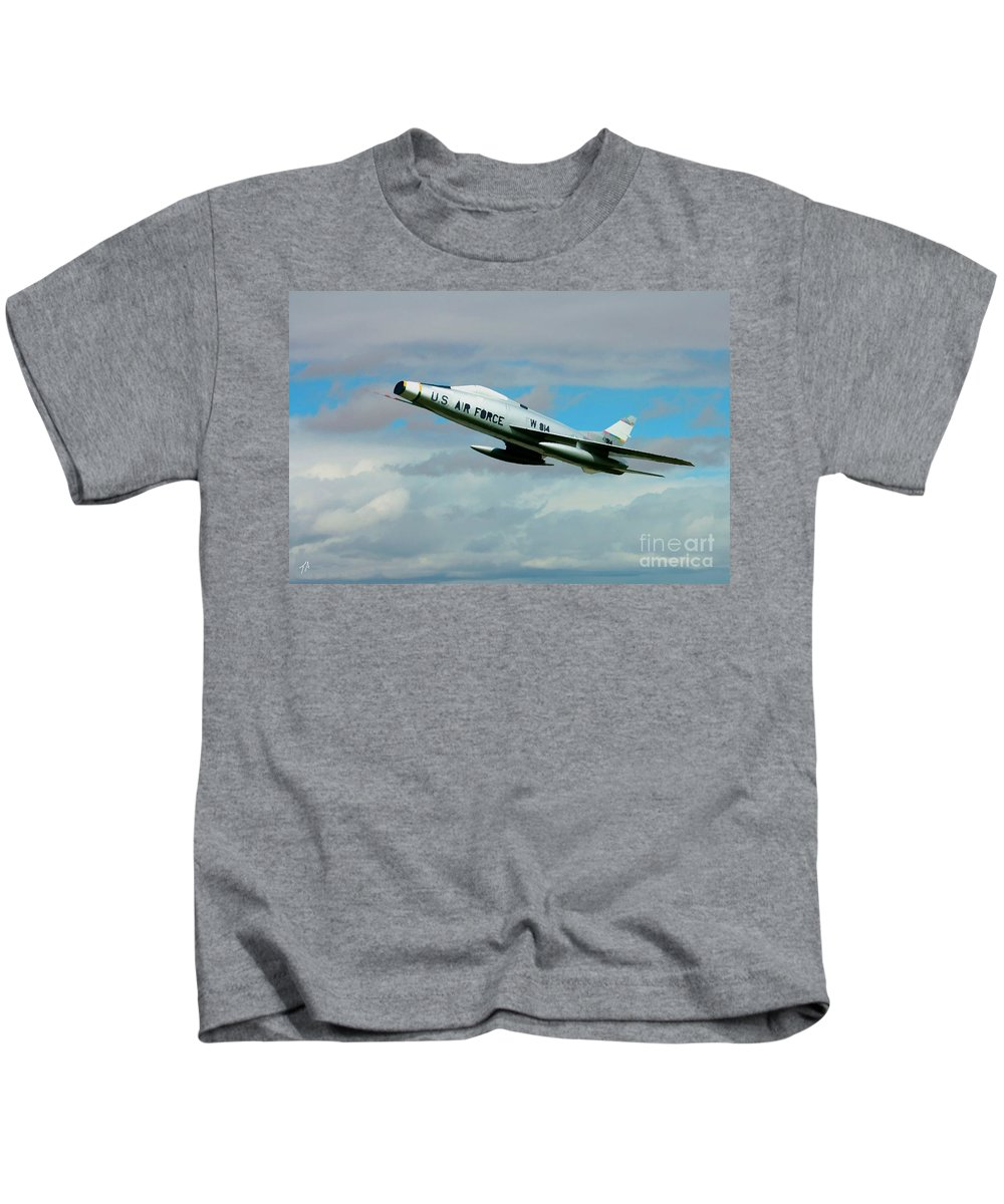 North American Kids T-Shirt featuring the digital art Super Sabre North American F-100 by Tommy Anderson