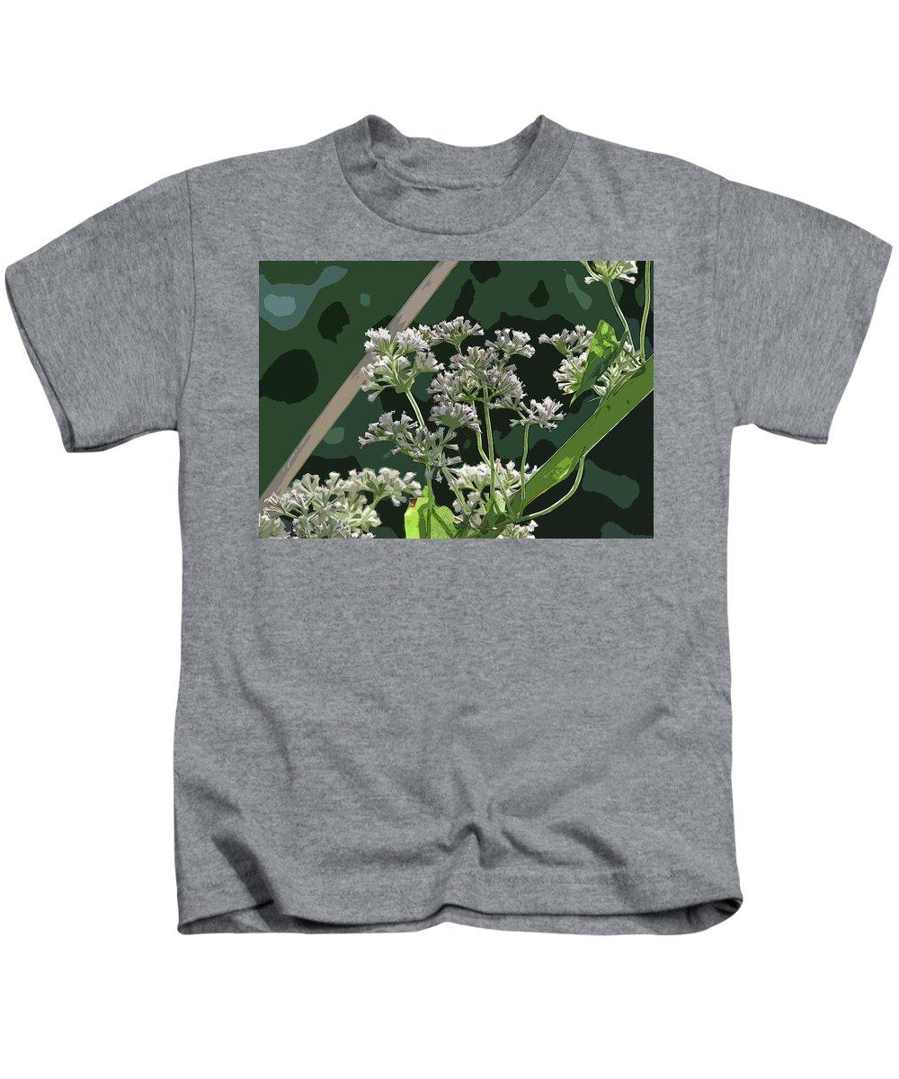 Swamp Milkweed Abstract Kids T-Shirt featuring the photograph Swamp Milkweed Abstract by William Tasker