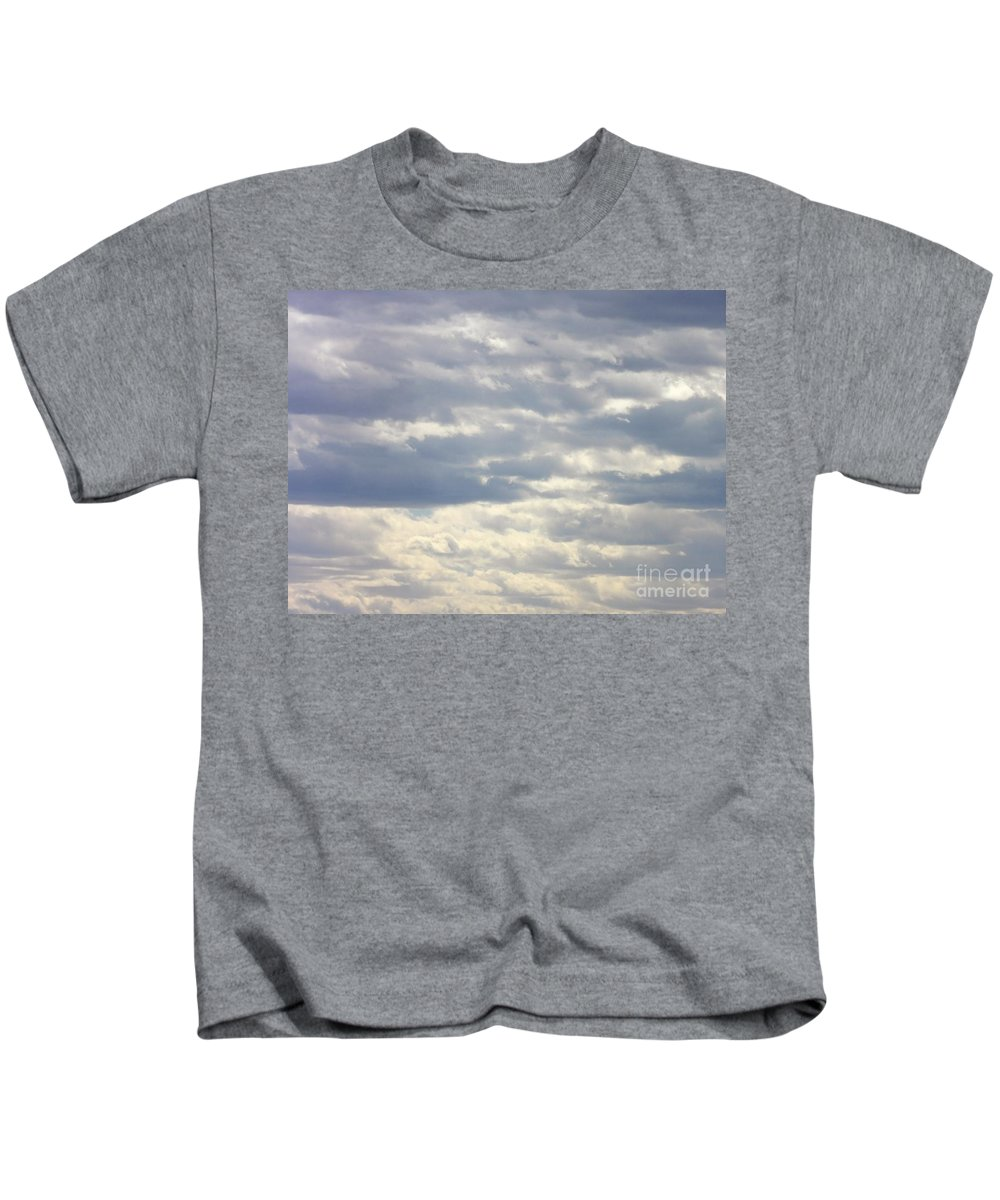 Skyscape Kids T-Shirt featuring the photograph Tapestry In The Sky by L Cecka