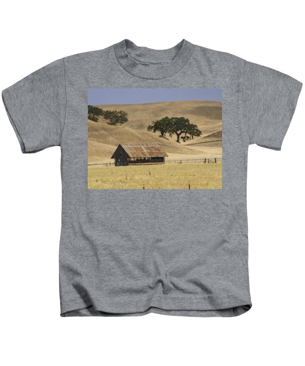 Landscapes Kids T-Shirt featuring the photograph Tassajara Road by Karen W Meyer