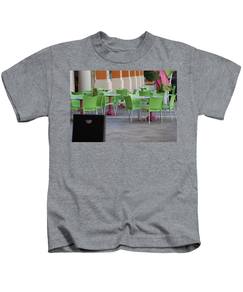 Chairs Kids T-Shirt featuring the photograph Token Chair by Rob Hans