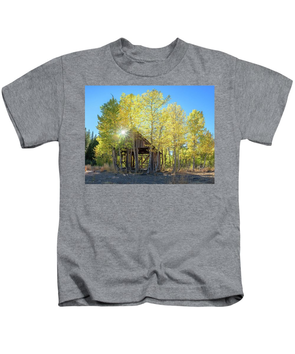 Truckee Kids T-Shirt featuring the photograph Truckee Shack Near Sunset During Early Autumn With Yellow And Green Leaves On The Trees by Brian Ball